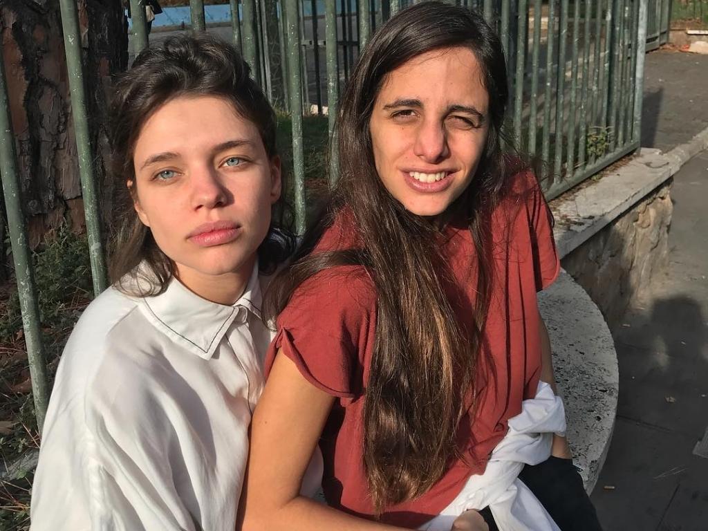 Bruna Linzmeyer e a namorada, Priscila Visman (Foto: Reprodu��o)