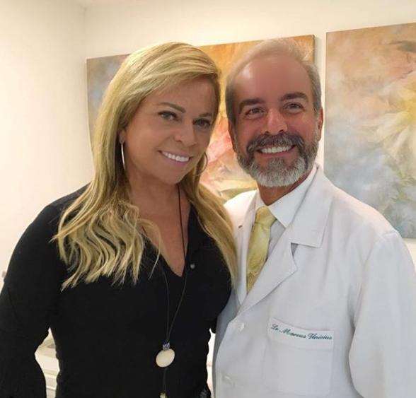 Christina Rocha visita cirurgião plástico