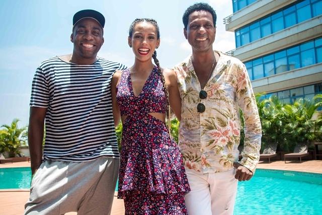 Lázaro Ramos, Táis Araújo e Luís Lima gravaram Mister Brau em Angola (Foto: Globo/Antonio Gamito)