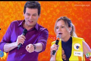 Domingo Legal com Celso Portiolli e Eliana no Passa ou Repassa (Foto: Reprodução)