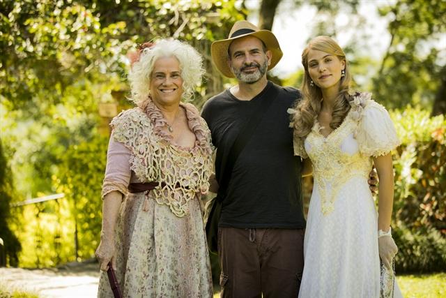 Vera Holtz, Pamela Tome, e o autor Marcos Bernstein (Foto: Globo/João Miguel Júnior)