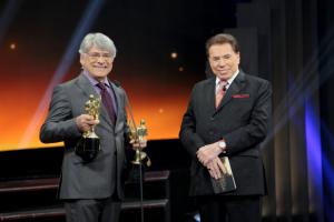 Presença de Sérgio Chapelin (Globo) foi uma das únicas coisas boas do Troféu Imprensa 2018 (Foto: Divulgação/SBT)