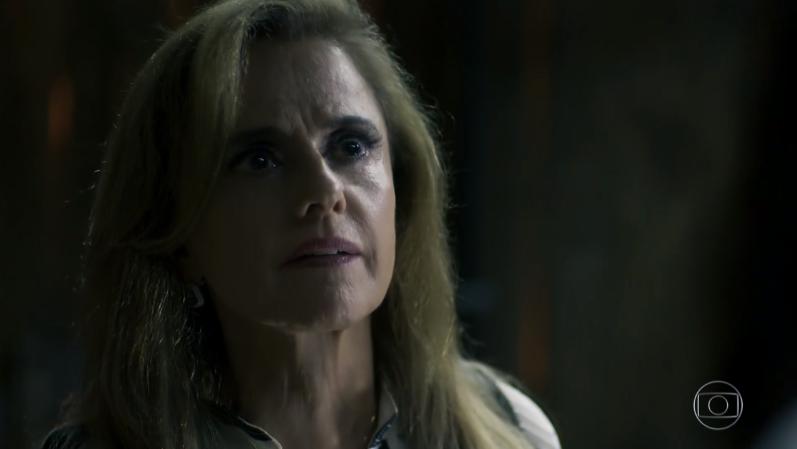 Novela Clara. Foto do site da O TV Foco que mostra O Outro Lado do Paraíso: Sophia tenta matar Caetana e é pega em flagrante