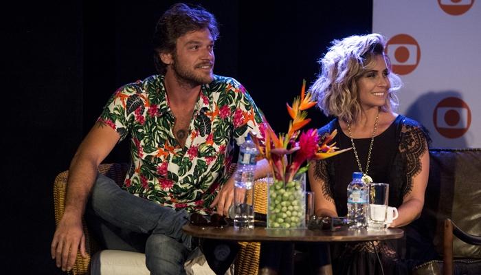 Emílio Dantas e Giovanna Antonelli em evento de Segundo Sol na Bahia (Foto: Globo/João Cotta)