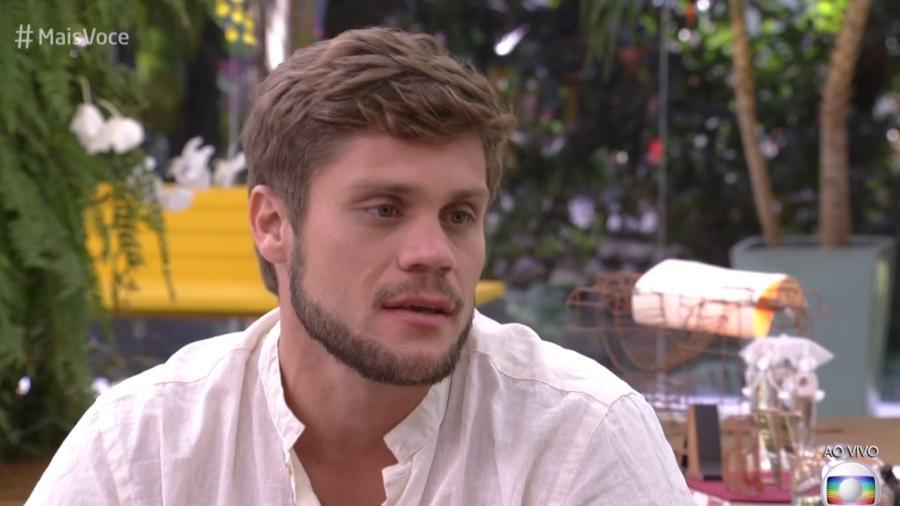 Ex-BBB Breno em programa da Globo