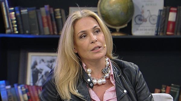 A atriz Carolina Ferraz (Foto: Divulgação/RedeTV)