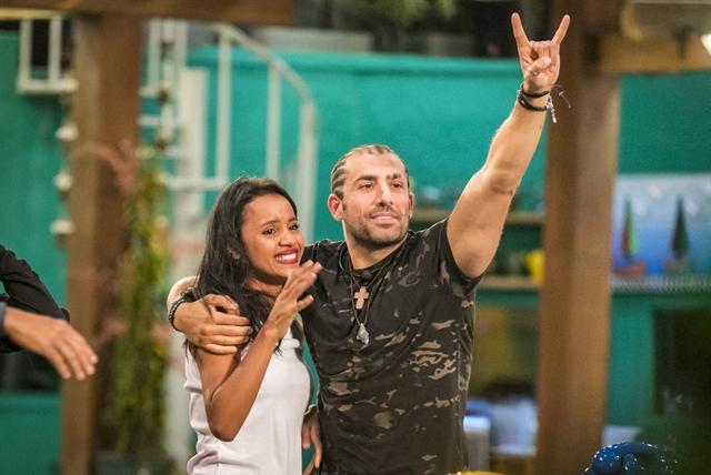 Gleici e Kaysar, finalistas do BBB18 (Foto: Globo/Paulo Belote)