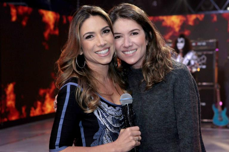 Após ordens de Silvio Santos, Rebeca e Patricia Abravanel gravam novo programa no SBT