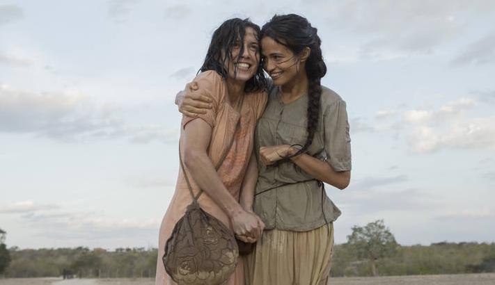 Marjorie Estiano e Nanda Costa protagonizam a minissérie Entre Irmãs. (Foto: Divulgação)