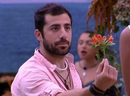 Favorito no BBB18, Kaysar é acusado de criar personagem. (Foto: Divulgação)