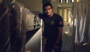 Rodrigo Lombardi é protagonista de Carcereiros. (Foto: Marcelo Tabach/TV Globo)