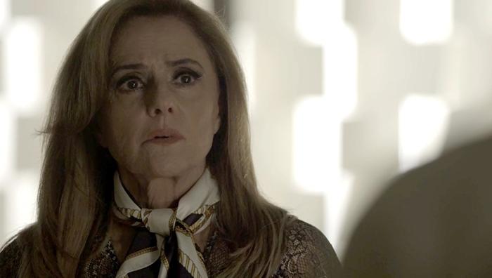 Sophia (Marieta Severo) em cena de O Outro Lado do Paraíso