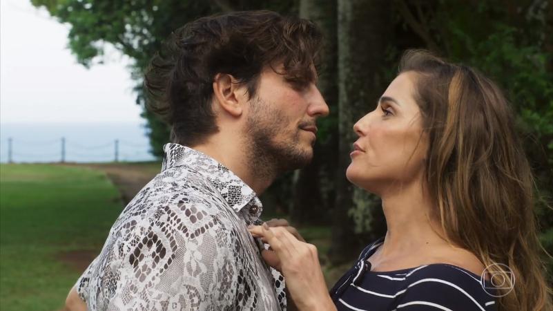 Remy (Vladimir Brichta) e Karola (Deborah Secco) em cena de Segundo Sol (Foto: Reprodução/Globo)