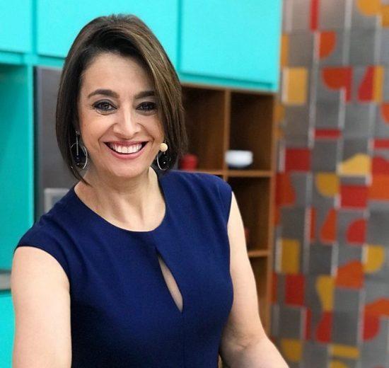 Catia Fonseca no comando do Melhor da Tarde (Foto: Divulgação/Band)