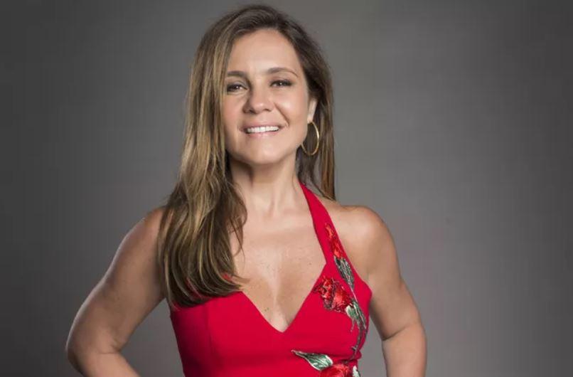 A atriz Adriana Esteves (Foto: Globo/João Cotta)