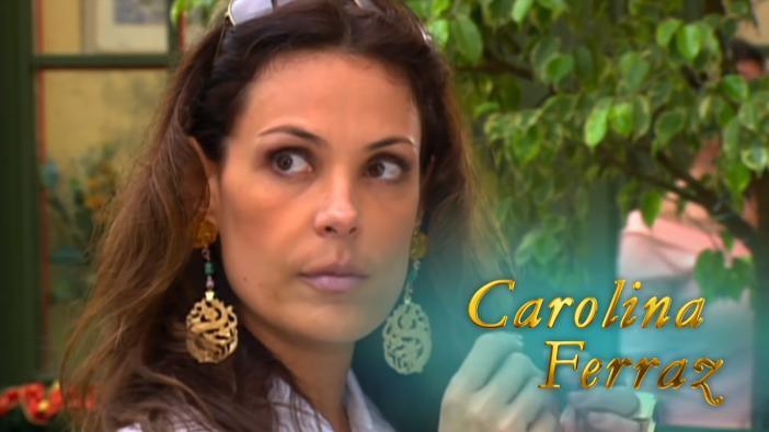 Carolina Ferraz na chamada da reprise de Belíssima (Foto: Reprodução/Globo)