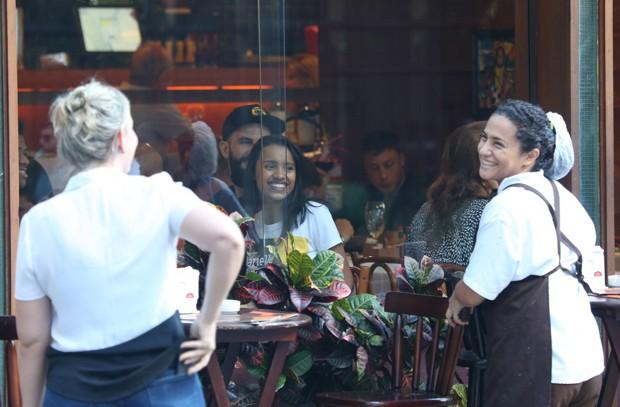 Gleici e Wagner em restaurante do Rio de Janeiro (Foto: AgNews)