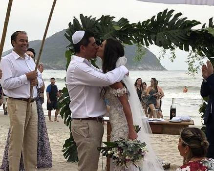 Leticia Datena e o marido (Foto: JC Assessoria/Divulgação)