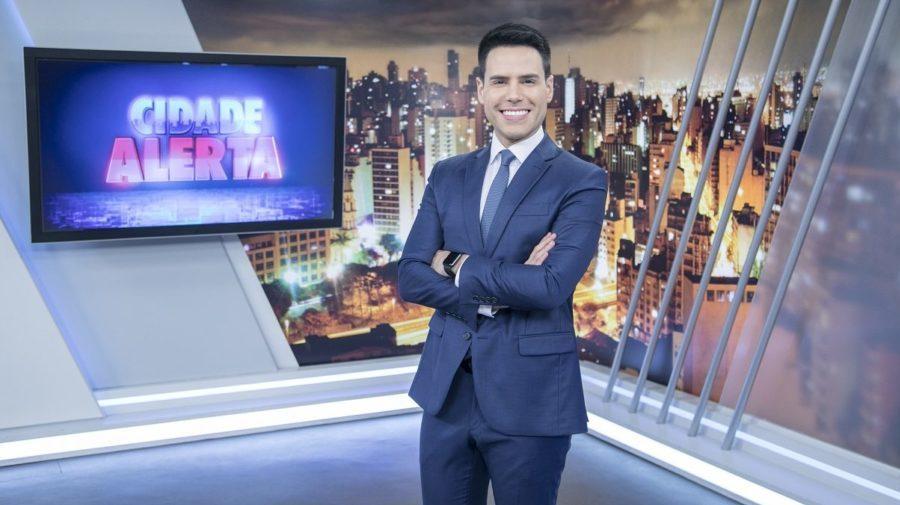 Luiz Bacci apresenta o Cidade Alerta (Foto: Reprodução)