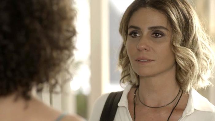Luzia(Giovanna Antonelli) reencontra Cacau(Fabiula Nascimento) em de Segundo Sol (Foto: Divulgação/Globo)