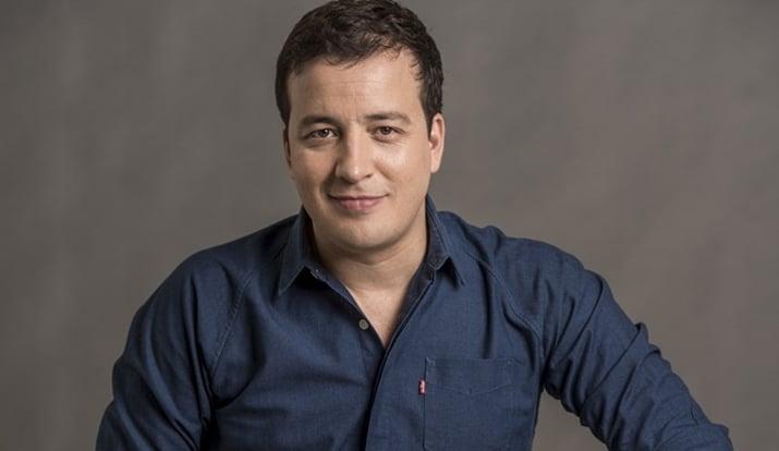 O apresentador Rafael Cortez é a nova contratação da RedeTV! (foto: divulgação)