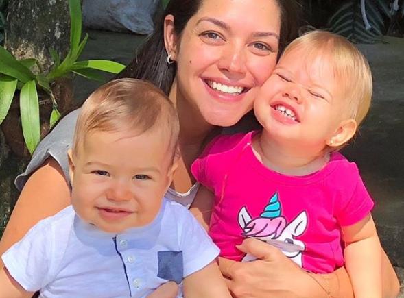 Thais Fersoza com os dois filhos (Foto: Reprodução/Instagram)