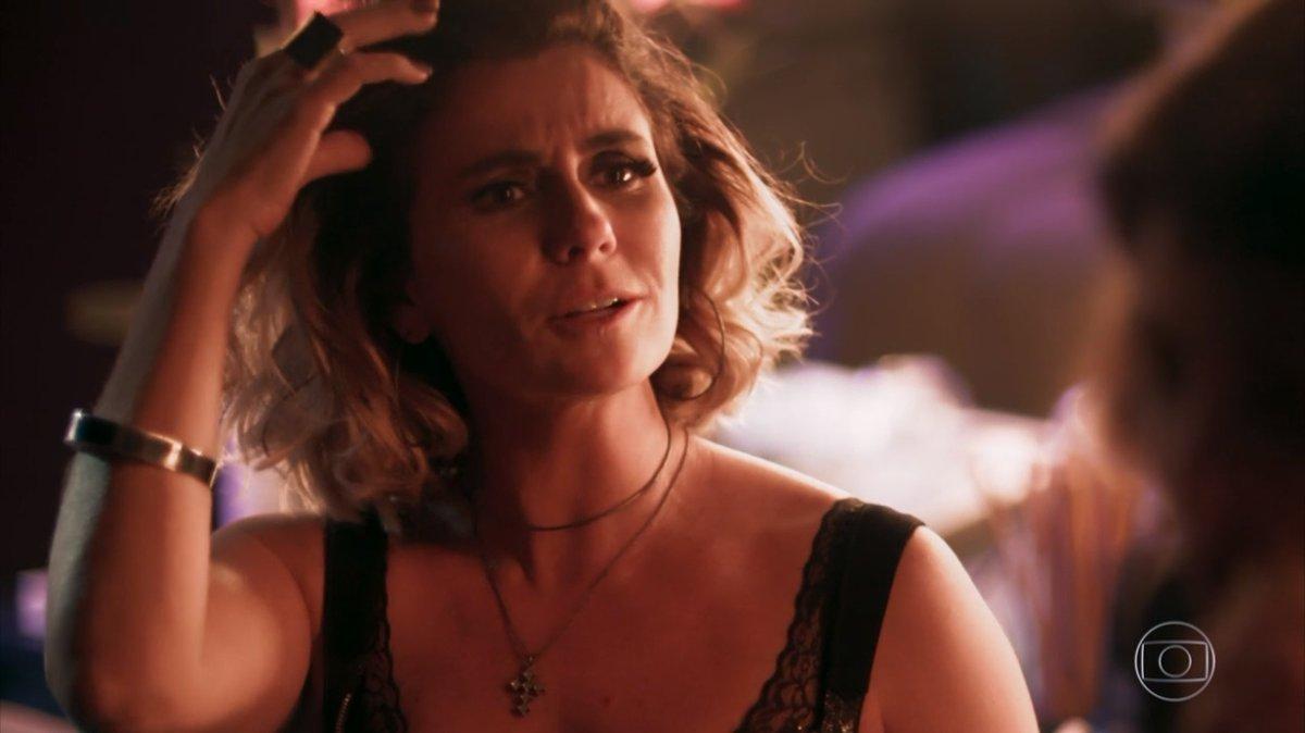 Luzia (Giovanna Antonelli) em Segundo Sol (Foto: Reprodução/Globo)