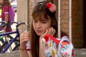A protagonista Sophia Valverde em cena de As Aventuras de Poliana (Foto: Reprodução/SBT)