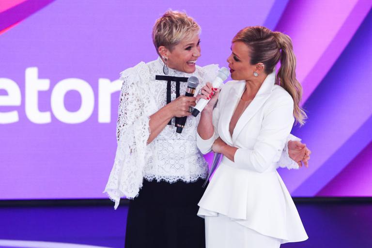Eliana e Xuxa (Foro: SBT)