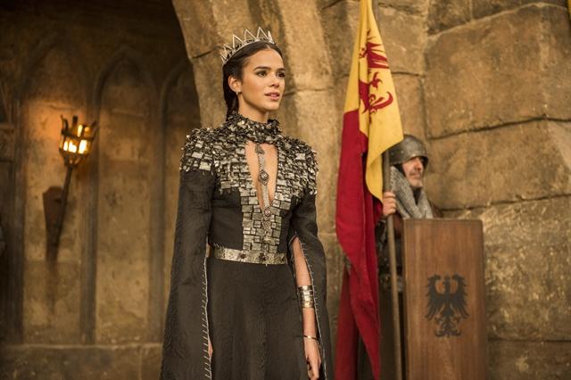 Catarina (Bruna Marquezine) em cena de Deus Salve o Rei (Foto: Globo/Mauricio Fidalgo)