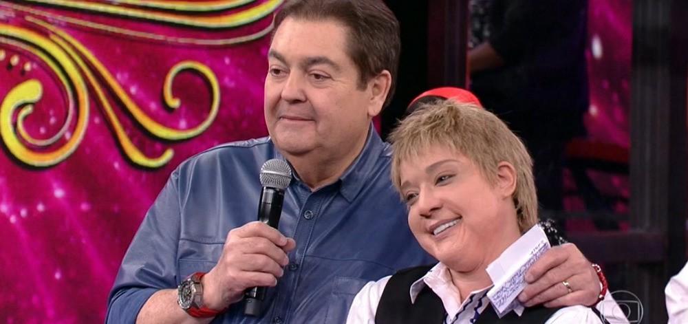 A atriz e o apresentador Faustão no Show dos Famosos (Foto: Globo)