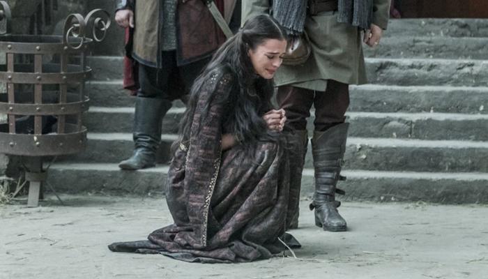 Catarina (Bruna Marquezine) em cena de Deus Salve o Rei (Foto: Globo/Paulo Belote)