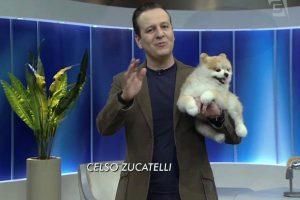 Celso Zucatelli substituiu Ronnie Von nesta quarta-feira (27) (Foto: Reprodução/TV Gazeta)