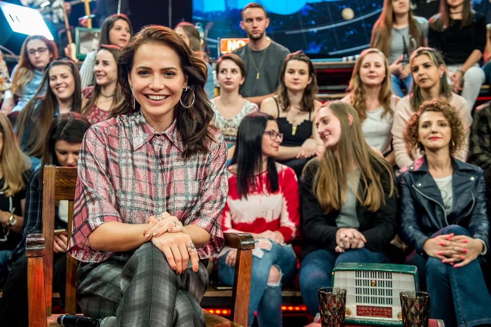 Letícia Colin participou do Altas Horas deste sábado, 21/7 (Foto: Fábio Rocha/TV Globo)