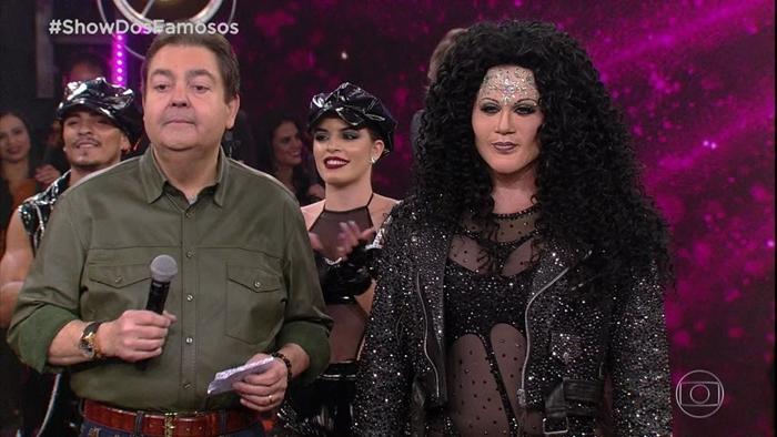 Faustão e Silvero Pereira durante o quadro Show dos Famosos, no Domingão (Foto: Reprodução/Globo)