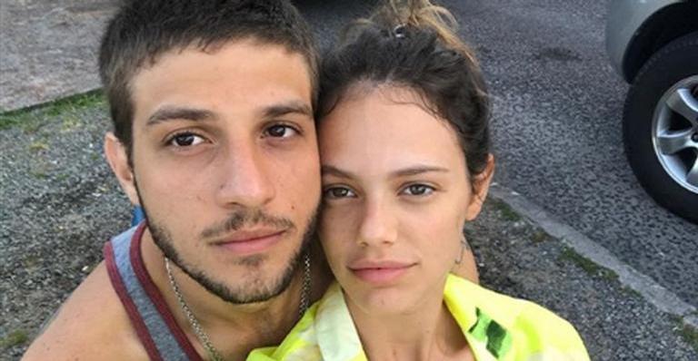 Chay Suede e Laura Neiva (Foto: Divulgação)