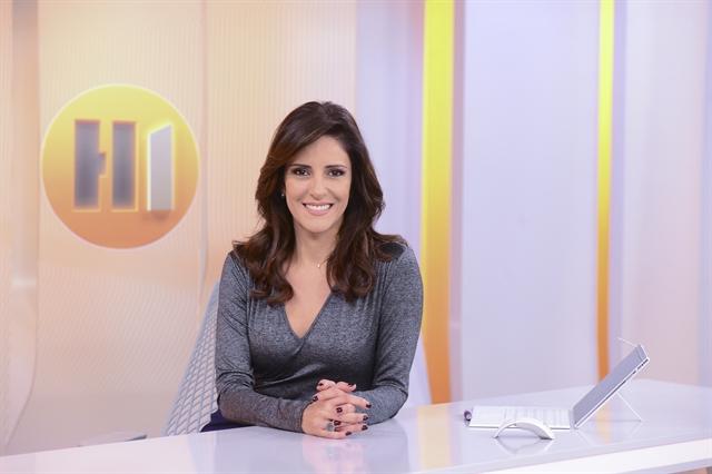 A apresentadora Monalisa Perrone no Hora Um (Foto: Globo/Zé Paulo Cardeal)