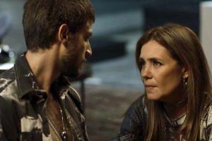 Laureta (Adriana Esteves) e Ícaro (Chay Suede) em cena de Segundo Sol (Foto: Divulgação/Globo)
