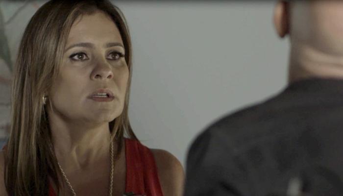 Laureta(Adriana Esteves)em cena de Segundo Sol (Foto: Divulgação/Globo)