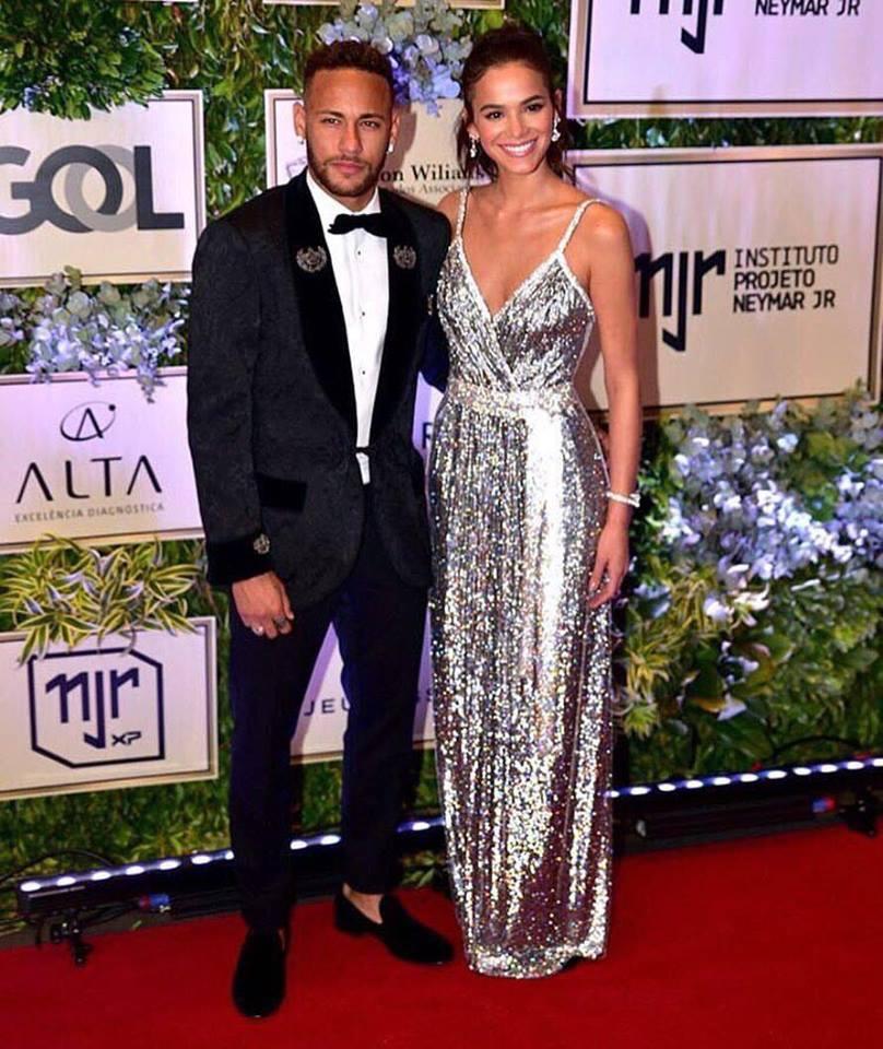 Bruna e Neymar foram os anfitriões (Foto: Reprodução)