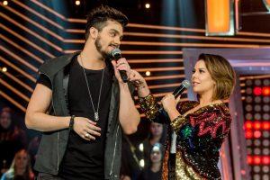 Luan Santana e Fernanda Souza na estreia do Só Toca Top (Foto: Globo/Fábio Rocha)