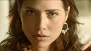 Rosa (Letícia Colin) em cena de Segundo Sol (Foto: Divulgação/Globo)