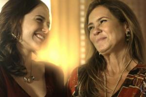 Rosa (Letícia Colin) e Laureta (Adriana Esteves) em Segundo Sol (Foto: Reprodução/Globo)