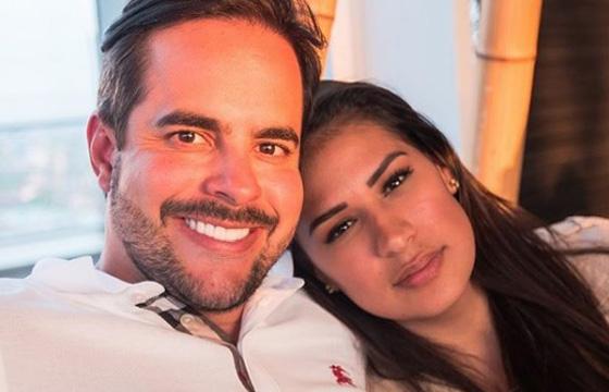 Simone e o marido Kaká Diniz (Foto: Reprodução)
