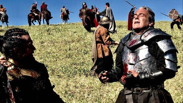 Otávio morre em guerra em Deus Salve o Rei (Foto: TV Globo/Divulgação)