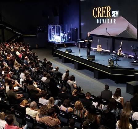 Igreja frequentada pela atriz global (Foto: Reproduçao/Instagram)