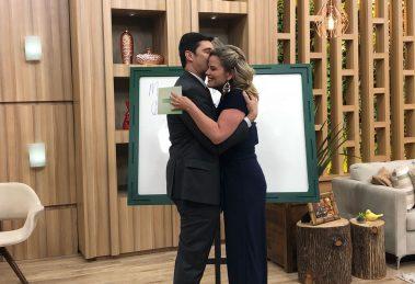 Maria Cândida e Mauro Calil (Foto: TV Aparecida)
