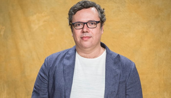O autor João Emanuel Carneiro apostará em nova história de vingança na próxima novela das nove (Foto: Globo/João Cotta)