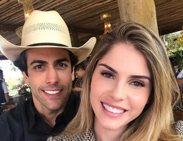 Bárbara Evans e Gustavo Theodoro vão se casar em cerimônia luxuosa (Foto: Reprodução)