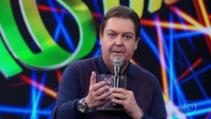 Fausto Silva no comando do Domingão (Foto: Reprodução/Globo)